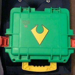 Invicta Aquaman three watch slot dive case